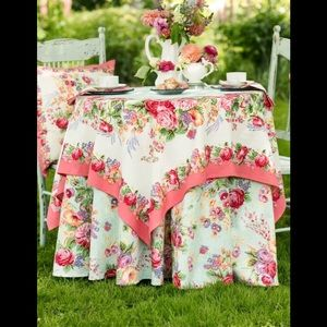 "54"" x 54"" Tablecloth"